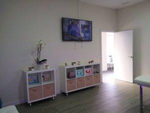Sala de ecografías Hello Mami Ecografía 5D - Alcalá de Henares. Ecografías 5D en la Zona Norte y Corredor del Henares, Avenida Víctimas del Terrorismo, Alcalá de Henares, España